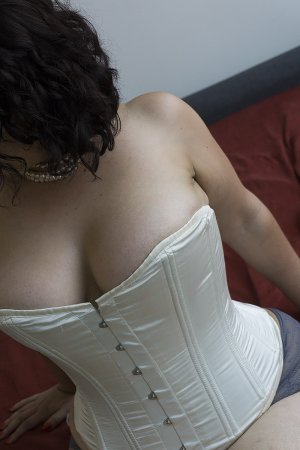 Myllie independent escorts in Selma